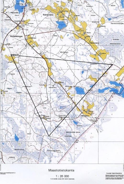 Riistakolmio on tasasivuinen kolmio, jonka jokaisen sivun pituus on neljä kilometriä. Laskentalinjaa kertyy siten 12 kilometriä.