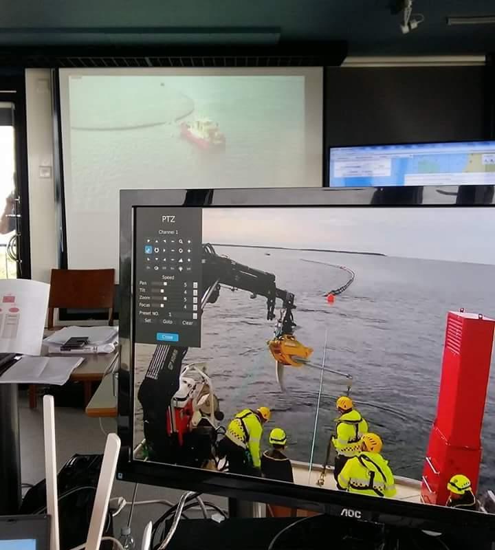 ohtopaikalla on LIVE-näkymät suoraan aluksilta