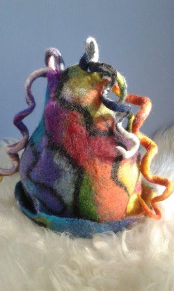 Satu-saunahattu Löylynhenkilämpöinen Väriterapiaa
